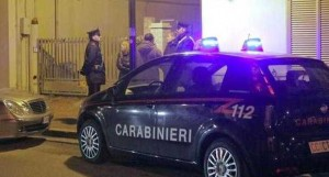 Ruba per fame, l&#8217;arrestano e poi i Carabinieri fanno la colletta